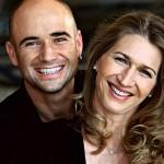 Seit Ende 2001 ist sie mit Ex-Profi André Agassi verheiratet.